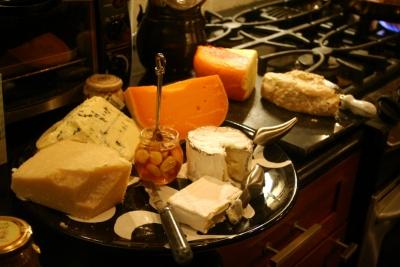cc-potluck_07-08-15_07_cheese