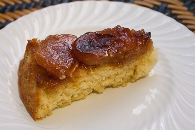 apple caramel upside-down cake